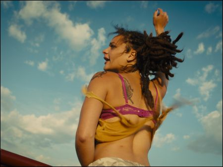 Star (Sasha Lane)